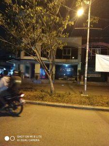 Warga berkumpul rapat membahas keresahan mereka akan karaoke di pemukiman mereka (Ist/Nur)